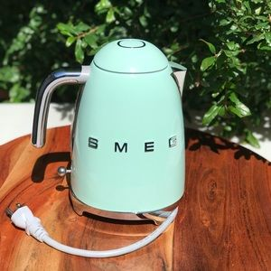 SMEG🍁🍂Electric  Kettle Like New